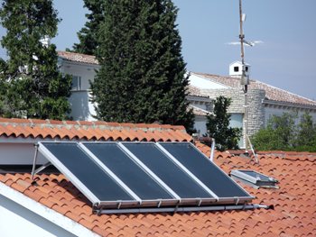 Illustration 4. Solar water heaters on a roof