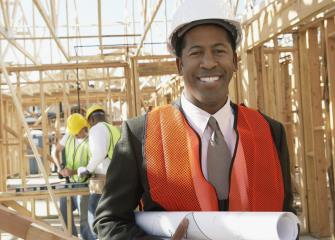 who makes more money general contractors or construction managers