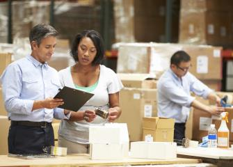 how to become a logistician in canada