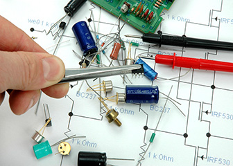 Electrical and Electronics Engineering Technicians : Occupational ...