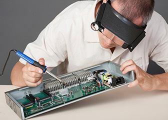 electronic technician job descriptions